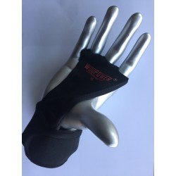Palm leather protection for crossfit
